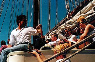 Brunchen auf Segelschiff